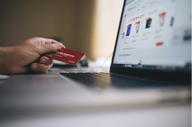 Are Contactless Cards the Future of Modern Payment Systems