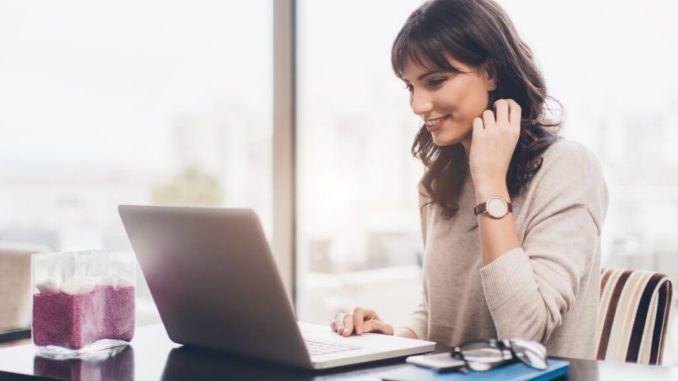Top Benefits Of Enrolling In An Online MBA Program